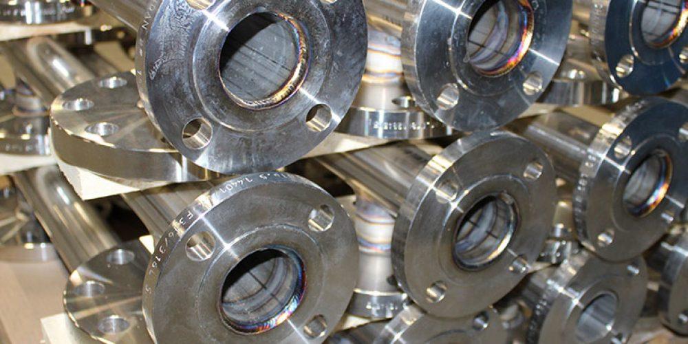Svejsning i rustfri stål på rørelementer